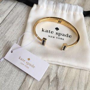 ♠️✨Kate Spade Gold & Black T Bracelet✨♠️